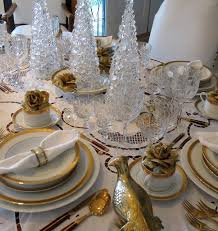 christmas dinner table setting how to decorate a beautiful christmas table eatwell101