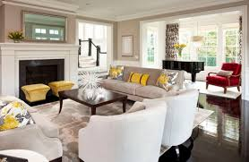 Accent Couch And Pillow Ideas For A Cool Contemporary Home - Decorative pillows living room