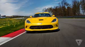 Dodge Viper Yellow - the dodge viper is dying but it u0027s going out fighting the verge