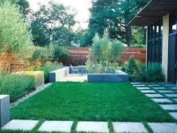 Garden Landscaping Ideas For Small Gardens Garden Designs For Small Gardens Small Yard Garden Design Ideas