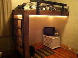 Log Bunk Bed Plans Impressive Best 25 Rustic Bunk Beds Ideas On Pinterest