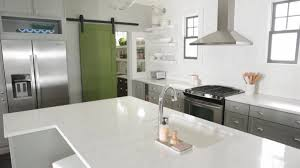 get the most efficient kitchen by dividing it into 3 zones