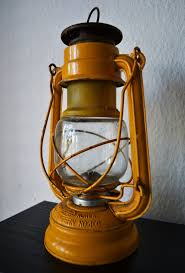 Paraffin Lamp Oil Walmart by 69 Best Old Lamps And Lanterns Images On Pinterest Primitive