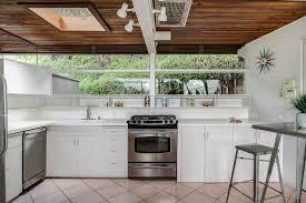 Urban Kitchen Pasadena - pasadena midcentury with handsome redwood ceiling seeks 689k