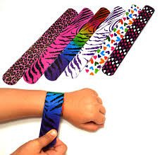 amazon com dazzling toys hearts animal print slap bracelets
