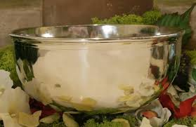 une jatte en cuisine grande jatte bourguignonne en etain brillant vente grande jatte