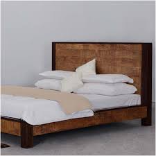Orleans Bedroom Furniture by New Orleans Solid Wood Platform Bed Frame W Headboard And Footboard