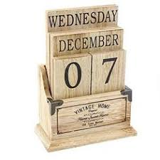 Making A Wood Desktop by How To Make A Wooden Desk Calendar Wooden Calendar Woods And