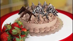 How To Make Decorative Chocolate Learn How To Make Beautiful Chocolate Decorations For Your Cakes