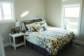 Guest Bedroom Interior How To Decorate A Bedroom Simply And With Style