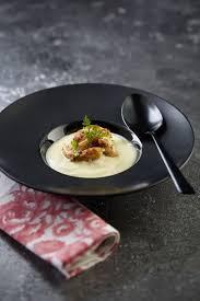 comment cuisiner des cuisses de grenouilles blanquette de cuisses de grenouilles à la poudre d orange et sabayon