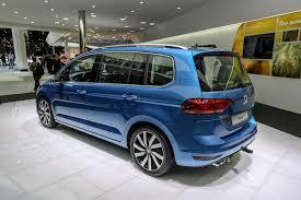 vw minivan 2015 volkswagen touran u201c u2013 saugiausias mažas šeimyninis vienatūris