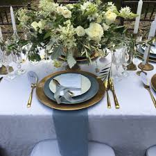 Gold Table Setting by Table Setting Gold Charger Confettievents