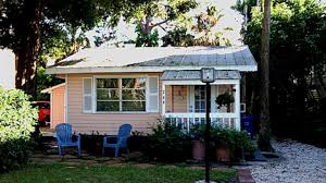 tiny pink cottage in florida charming small house design youtube