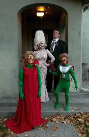 Ridiculous Halloween Costumes 18 Funniest Creative Family Halloween