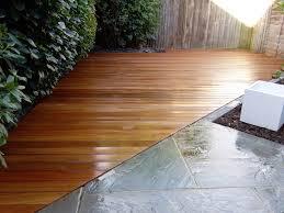 path tile decking paving low maintenance privacy screen london