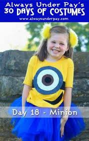 Halloween Minion Costumes 19 Cutest Family Theme Costumes Halloween Scarves