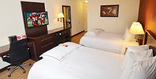red roof plus long island u2013 garden city discount hotel