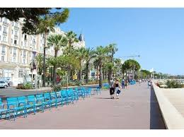 chaises cann es 15 best chaise bleue croisette images on blue chairs