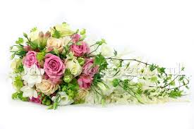 wedding flowers types wedding bouquet flowers types different bridal bouquet styles