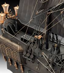 Black Flag Legendary Ships Revell Black Pearl