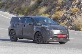 crossover toyota spyshots toyota crossover spotted during tests will challenge
