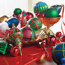how to select and decorate your christmas tree grandin road blog
