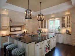 Granite Kitchen Countertops Pictures by Best 25 Cream Colored Cabinets Ideas On Pinterest Cream