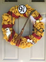 11 Beautiful Fall Door Decorations Inspired by Books