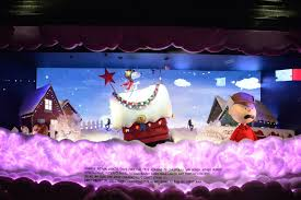 Christmas Window Decorations Nyc 2015 by Christmas Time Is Here U0027 At Macy U0027s Holiday Windows Am New York