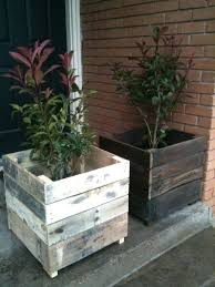 Wooden Planter Box Plans Free by Pallet Planter Box Diy Diy Pallet Planter Box Instructions Diy