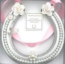 lucky horseshoe gifts lucky horseshoe real bridal wedding gift mauve white s https