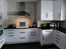 kitchen backsplash tile cherry cabinets small breakfast bar