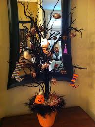 Halloween Tree With Ornaments Halloween Tree Less Than 25 Easy Hobby Lobby Creation Pier 1