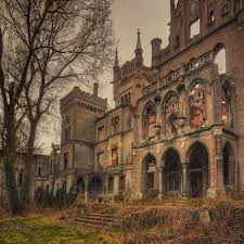 Mysterious Abandoned Places 25 Truly Stunning Shots Of Abandoned Places