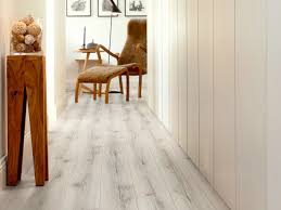 laminate flooring new england oak modern plank collection by pergo
