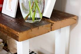 Wooden Sofa Tables by Diy Reclaimed Wood Table Isn U0027t That Charming