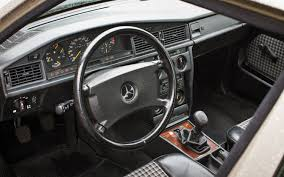 mercedes benz 190e 2 3 16 interior jpg 1500 938 mercedes