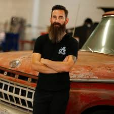 richard rawlings hairstyle fast n loud mechanic aaron kaufman shifts into second gear with
