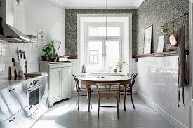 papier peint cuisine gris le papier peint dans la cuisine
