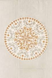 Round Kitchen Rug by 14 Best Round Rugs Images On Pinterest Round Rugs Pier 1
