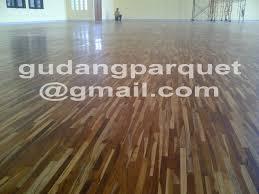 Laminate Floor Murah Perbedaan Antara Lantai Kayu Solid Engginering Dan Laminate