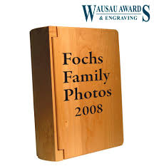 personalized wooden gifts personalized gifts at wausau awards engraving gifts