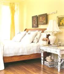 Light Yellow Bedroom Walls Yellow Bedroom Walls View In Gallery You Can Coordinate The Yellow