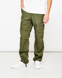 Clothes To Wear On A Safari How To Wear Men U0027s Cargo Pants The Idle Man