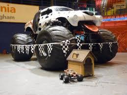 rc monster jam trucks no limit rc at pembrey and birmingham monster jam at hpi racing