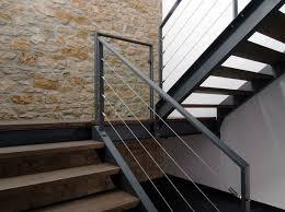 holz fã r treppen die besten 25 außentreppe metall ideen auf