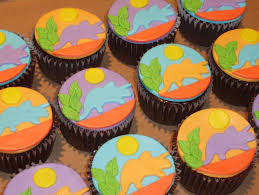 create your own dinosaur cupcake cake dinosaurs pictures and facts