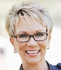 i want to see pixie hair cuts and styles for women over 60 short hairstyles for women over 40 to reveal their snazzy side