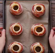 papier parchemin cuisine pommes de terre fondantes enroulées de bacon un incontournable